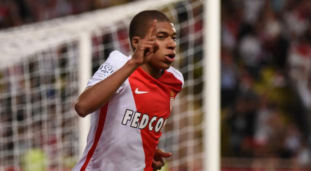 Juventus legend points to Man United star as warning for Kylian Mbappe