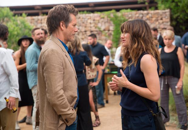 Kevin Bacon and Kathryn Hahn in I Love Dick