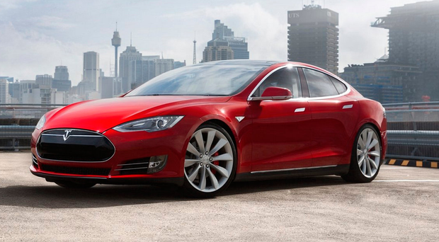 Shift: The Tesla S has 18 moving parts, 100 times fewer than a combusion engine car
