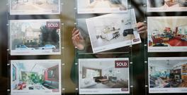 First-time buyers were forced to borrow more, with the average new buyer obtaining a mortgage for 79pc. Photo: Bloomberg via Getty Images