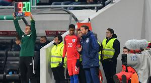LJUBLJANA, SLOVENIA - OCTOBER 11: Marcus Rashford of England speaks with Interim England Manager Gareth Southgate as he prepares to come on as a substitute during the FIFA 2018 World Cup Qualifier Group F match between Slovenia and England at Stadion Stozice on October 11, 2016 in Ljubljana, Slovenia. (Photo by Michael Regan - The FA/The FA via Getty Images)