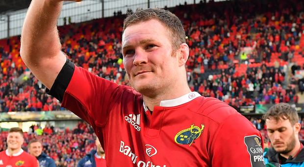 Donnacha Ryan bids farewell to the Munster fans after his final game at Thomond Park. Photo: Sportsfile