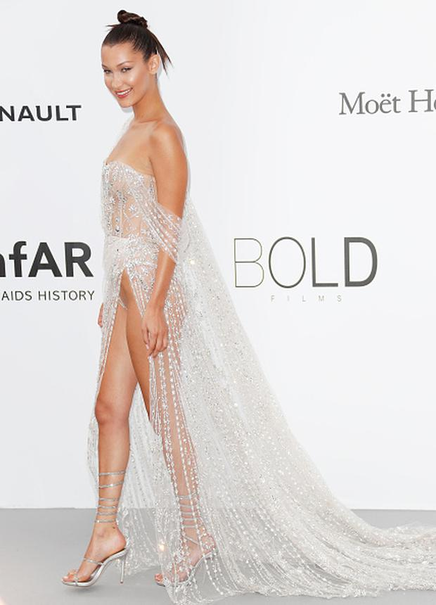 Bella Hadid arrives at the amfAR Gala Cannes 2017 at Hotel du Cap-Eden-Roc on May 25, 2017 in Cap d'Antibes, France. (Photo by David M Benett/Dave Benett/Getty Images)