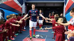 LONDON, ENGLAND - MAY 27: Per Mertesacker of Arsenal walks out for the warmup prior to the Emirates FA Cup Final between Arsenal and Chelsea at Wembley Stadium on May 27, 2017 in London, England. (Photo by Michael Regan - The FA/The FA via Getty Images)