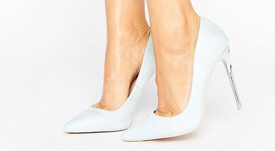 Mint and silver stilettos, €56.75, Lost Ink at asos