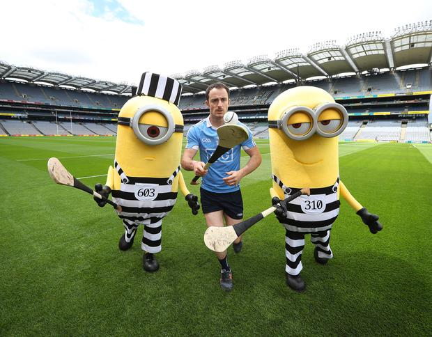 Minions Kevin and Stuart from the upcoming film, Despicable Me 3, were pictured playing a spot of hurling with GAA Dublin Hurling star, Ryan O'Dwyer, after sneaking into Croke Park this afternoon (Tuesday 30th May)