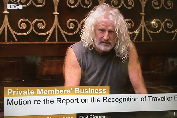 Mick Wallace raises a few eyebrows with his choice of attire in the Dail today
