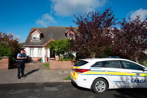 Gardai at the scene of a shooting incident in Lagavooren Manor, Drogheda. Photo: Tony Gavin