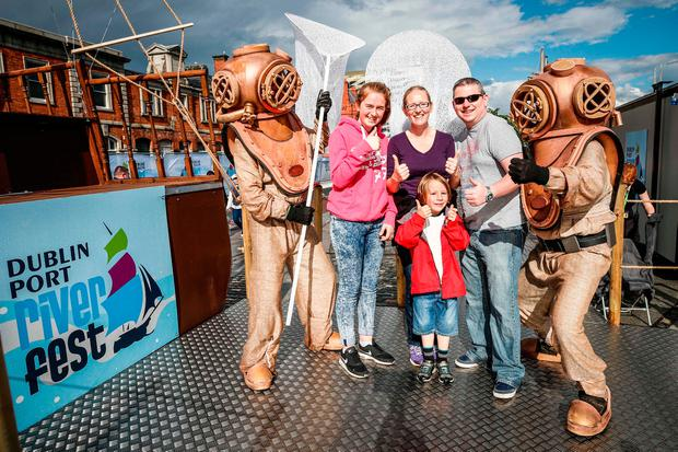 4/5/2017: DUBLIN : Pictured were Suzanne and Darren O'Bryne from Castledermott, Co Kildare with their children Aoife (age 15) and Odhran (age 6) among the thousands of visitors enjoying all the festivities of Dublin Port Riverfest.