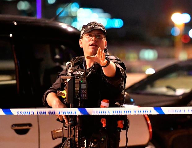 Video shows the moment police shoot London Bridge terrorists