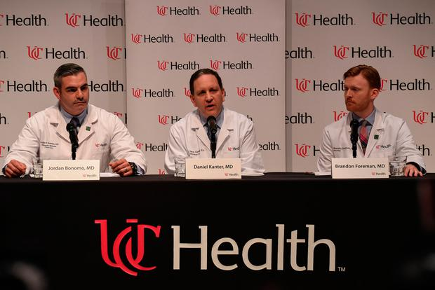 Dr. Jordan Bonomo (L), a Neurointensivist, Dr. Daniel Kanter (C), Medical Director of the Neuroscience Intensive Care Unit, and Dr. Brandon Forman (R), a Neurointensive Care Specialist, field questions about the condition and treatment of Otto Warmbier during a news conference at the University of Cincinnati Medical Center in Cincinnati, Ohio, U.S., June 15, 2017. REUTERS/Bryan Woolston
