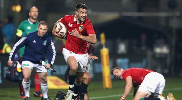 Conor Murray of the Lions breaks with the ball during the match between the Crusaders and the British & Irish Lions at AMI Stadium on June 10, 2017 in Christchurch, New Zealand. (Photo by David Rogers/Getty Images)