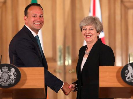 Britain's Prime Minister Theresa May shakes hands with Ireland's Taoiseach Leo Varadkar during a joint press conference following a meeting at 10 Downing Street. REUTERS/Philip Toscano/Pool