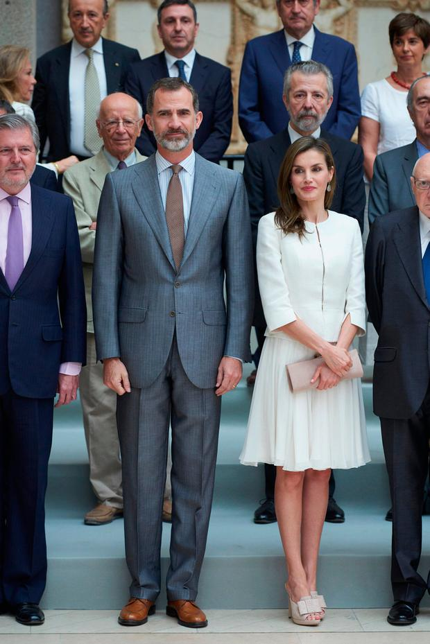 King Felipe VI of Spain and Queen Letizia of Spain attend 'The Art of Educating' (El Arte de Educar) school program at El Prado Museum on June 19, 2017 in Madrid, Spain. (Photo by Carlos Alvarez/Getty Images)