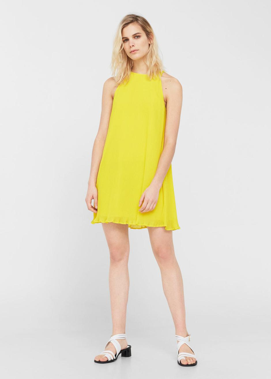 Mellow Yellow 20 Ways For Wedding Guests To Rock Summers Hottest Hue