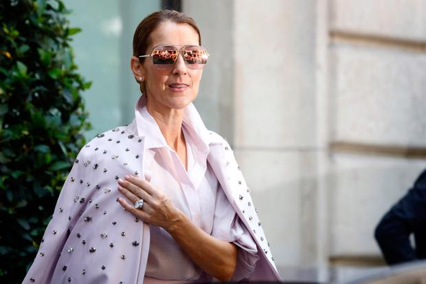 Vogue Shared A Nude Photo Of Celine Dion - And She Looks -7885