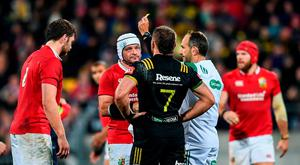 Iain Henderson of the British & Irish Lions receives a yellow card from referee Romain Poite during the match between Hurricanes and the British & Irish Lions at Westpac Stadium in Wellington, New Zealand. Photo by Stephen McCarthy/Sportsfile