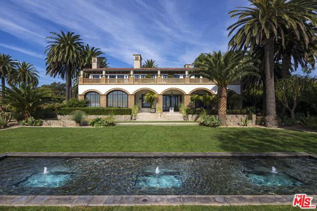 The power couple are currently residing in the 10-bedroom property in Malibu, Los Angeles.