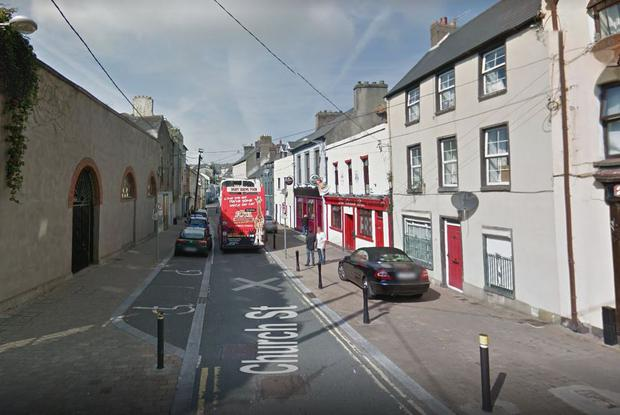 Gardaí at Watercourse Road in Cork are appealing for witnesses following the assault which occurred at Chimes Bar on Church Street, Cork City.