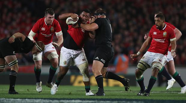 AUCKLAND, NEW ZEALAND - JUNE 24: Mako Vunipola of the Lions is tackled during the Test match between the New Zealand All Blacks and the British & Irish Lions at Eden Park on June 24, 2017 in Auckland, New Zealand. (Photo by David Rogers/Getty Images)