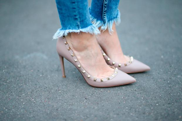 72d1703c84f These €16 heels from Penneys are double of the Valentino Rockstuds ...