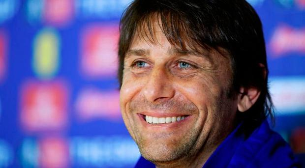 Chelsea manager Antonio Conte is targeting several players. Photo: Reuters / Tony O'Brien