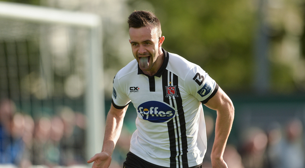 Robbie Benson of Dundalk celebrates scoring his side's first goal during the SSE Airtricity League Premier Division match between Bray Wanderers and Dundalk at the Carlisle Grounds in Bray, Co Wicklow. Photo by Piaras Ó Mídheach/Sportsfile