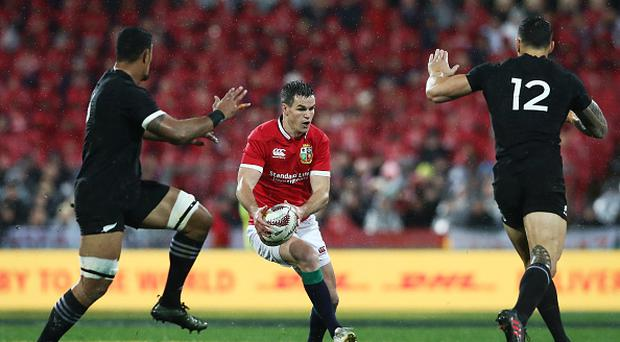 WELLINGTON, NEW ZEALAND - JULY 01: Johnny Sexton of the Lions runs with the ball during the second test match between the New Zealand All Blacks and the British & Irish Lions at the Westpac Stadium on July 1, 2017 in Wellington, New Zealand. (Photo by David Rogers/Getty Images)