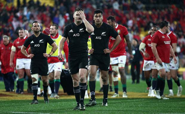 Beauden Barrett of the All Blacks leaves the pitch looking dejected following defeat. (Photo by Phil Walter/Getty Images)