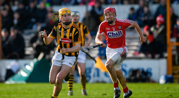 5 March 2017; Richie Leahy of Kilkenny in action against Bill Cooper of Cork during the Allianz Hurling League Division 1A Round 3 match between Kilkenny and Cork at Nowlan Park in Kilkenny. Photo by Ray McManus/Sportsfile
