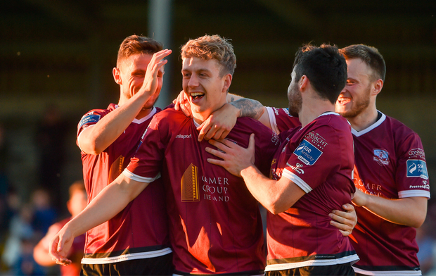 7 July 2017; Eoin McCormack, second from left, of Galway United celebrates after scoring his side's third goal with teammates, from left, Gavan Holohan, Kevin Devaney, and David Cawley during the SSE Airtricity League Premier Division match between Galway United and Limerick at Eamonn Deacy Park in Galway. Photo by David Maher/Sportsfile