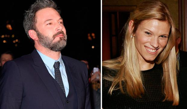Affleck dating 'Saturday Night Live' producer