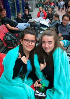 Ed Sheeran fans (L to r) Catherine Douglas and Lauren Leahy queueing for Ed Sheeran Concert tickets outside Stephens Green Shoppng Centre, Dublin. Photo: Gareth Chaney Collins