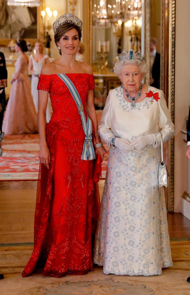 Britain's Queen Elizabeth II and Queen Letizia of Spain pose for a group photograph before a State Banquet at Buckingham Palace on July 12, 2017 in London, England