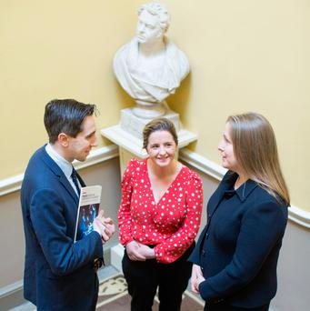 Minister for Health, Simon Harris TD, Dr Ailin Rodgers, Senior Surgical Trainee at the RCSI and Chair of the Working Group, Ms Deborah McNamara, Consultant in General and Colorectal Surgery, Beaumont Hospital. Photo by Julien Behal.