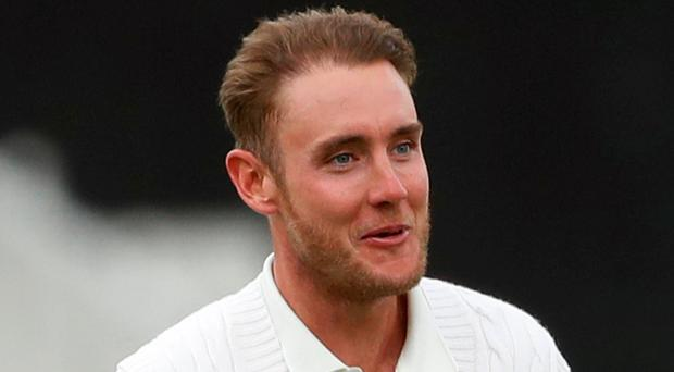 Stuart Broad shifted third-wicket pair Quinton de Kock (68) and Hashim Amla (78) in a spell of 5-2-8-2 after tea. Photo: Reuters/Carl Recine
