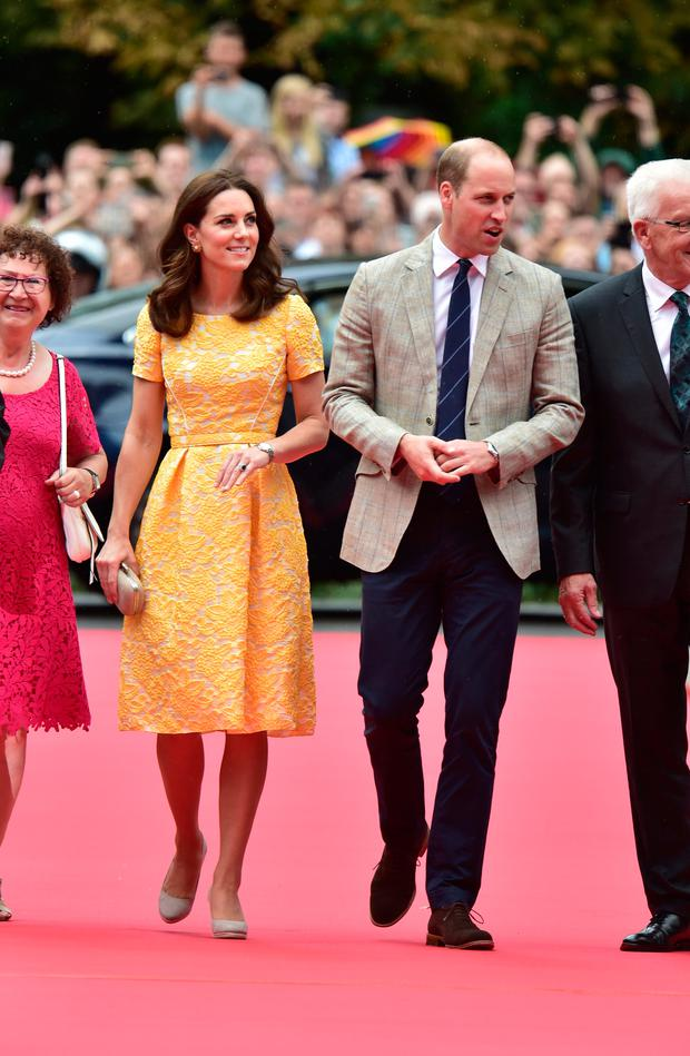 Prince William, Duke of Cambridge and Catherine, Duchess of Cambridge arrive for a visit to the German Cancer Research Institute on day 2 of their official visit to Germany on July 20, 2017 in Heidelberg, Germany. (Photo by Dominic Lipinski - Pool/Getty Images)