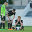 Hugh Douglas of Bray Wanderers reacts after picking up a blood injury as team-mates Peter Cherrie, left, and Ryan Brennan look on during the SSE Airtricity League Premier Division match between Bray Wanderers and Dundalk. Photo by Piaras Ó Mídheach/Sportsfile