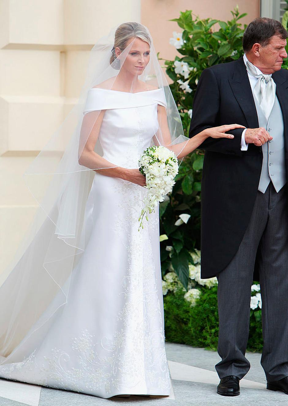 pictures dress royal wedding