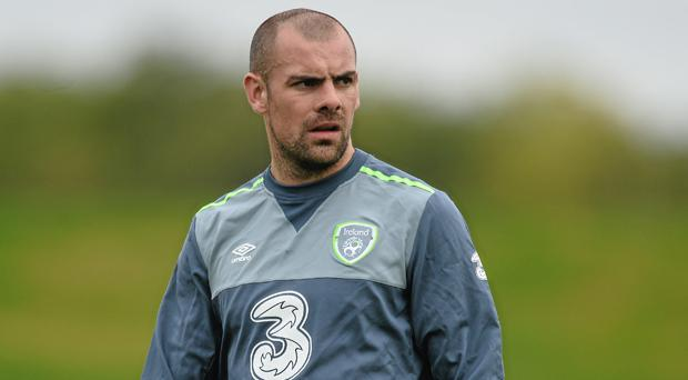 Sunderland suspend midfielder Darron Gibson after drink-drive charge