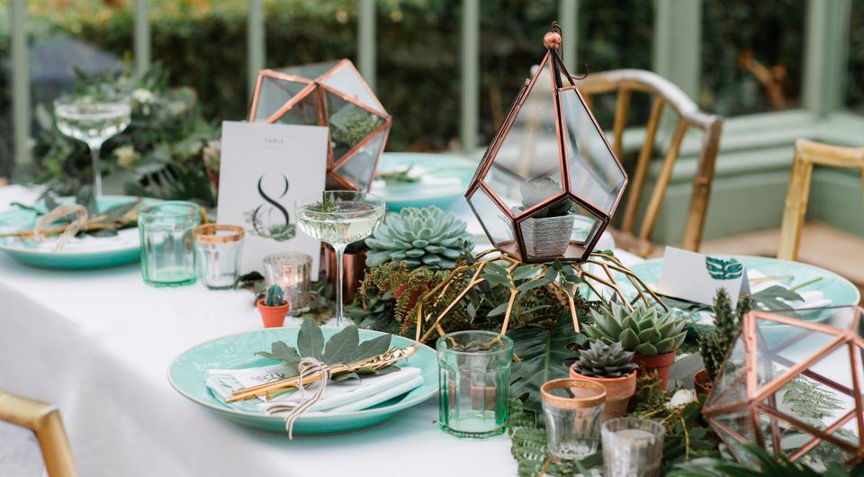 How To Style A Greenery Theme For Your Wedding Reception