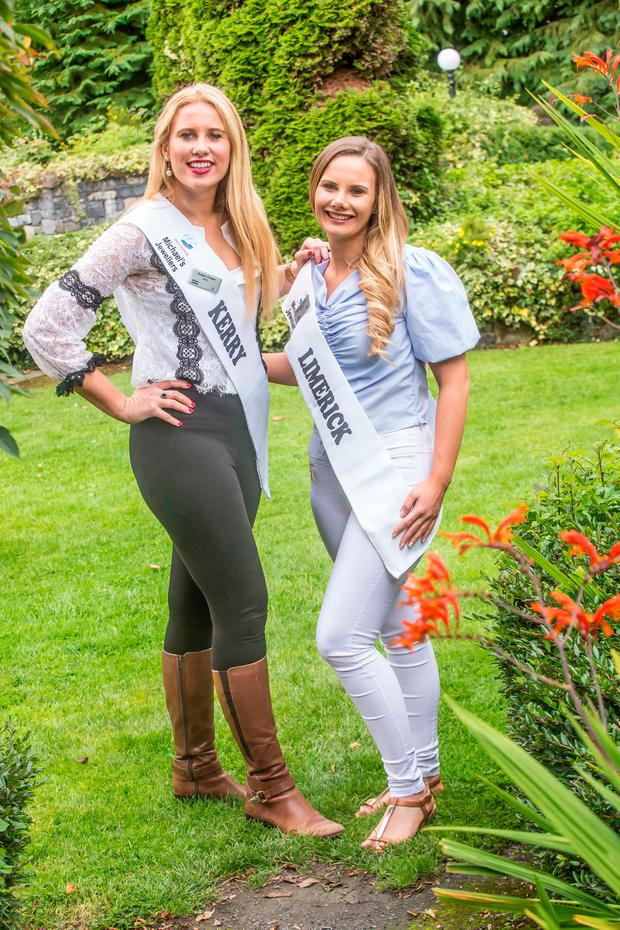 Sisters Susan and Vanessa Crean at the International Miss Macra Competiton in Thurles. Photo: Pat Moore