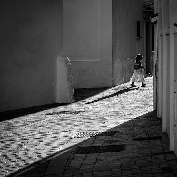 'Street Light' by Tony McDonnell, which was taken in Spain.