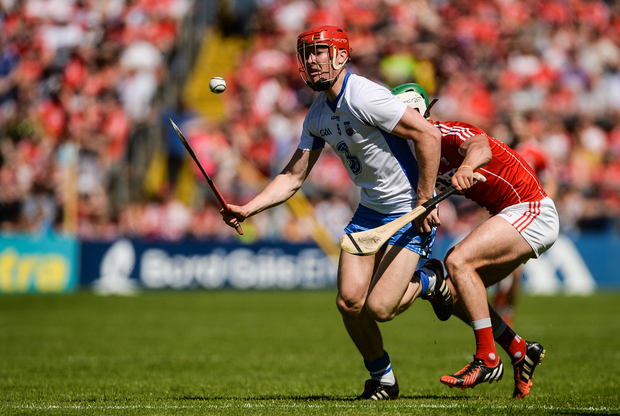 Tadhg de Búrca of Waterford in action against Shane Kingston of Cork during the Munster GAA Hurling Senior Championship Semi-Final match between Waterford and Cork at Semple Stadium in Thurles, Co Tipperary. Photo by Piaras Ó Mídheach/Sportsfile