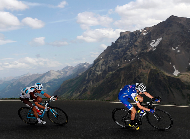 Dan Martin descending the Galibier during this week s Tour de France   We ve 625ef22a4