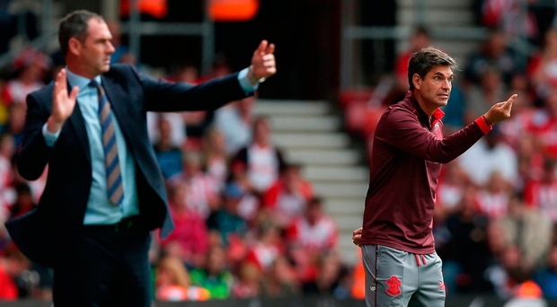Mauricio Pellegrino, Manager of Southampton and Paul Clement, Manager of Swansea City direct their teams Photo: Getty