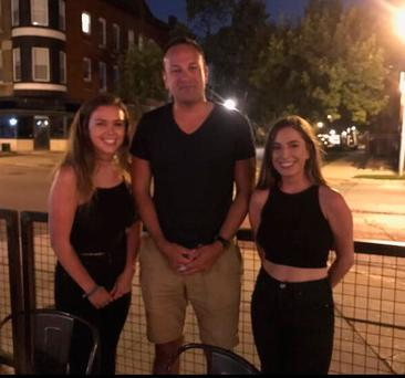 Emma Kelly and her friend Eimear with Taoiseach Leo Varadkar in Chicago