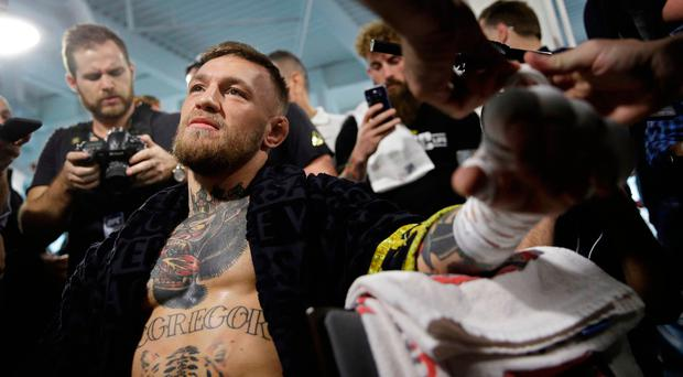 Floyd Mayweather to Avoid s*x Before Bout With Conor McGregor
