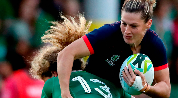 Jenny Murphy tackles Caroline Ladagnous of France during Thursday's Women's Rugby World Cup clash. Photo: Getty Images