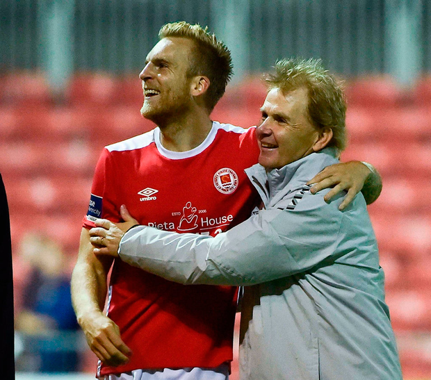 Jordi Balk of St Patrick's Athletic celebrates with manager Liam Buckley. Photo: David Maher/Sportsfile